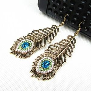 Vintage inspired Peacock Feather Earrings